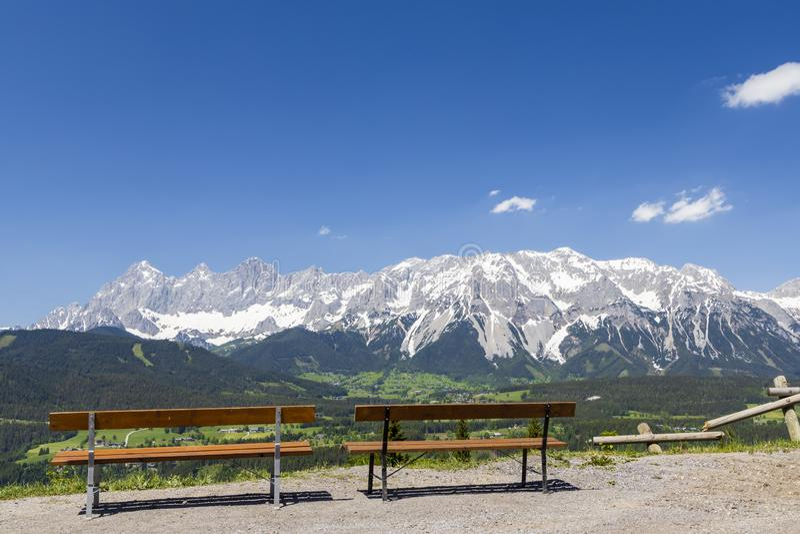 Dachstein e paisagem perto de Schladming, Áustria fotografia de stock