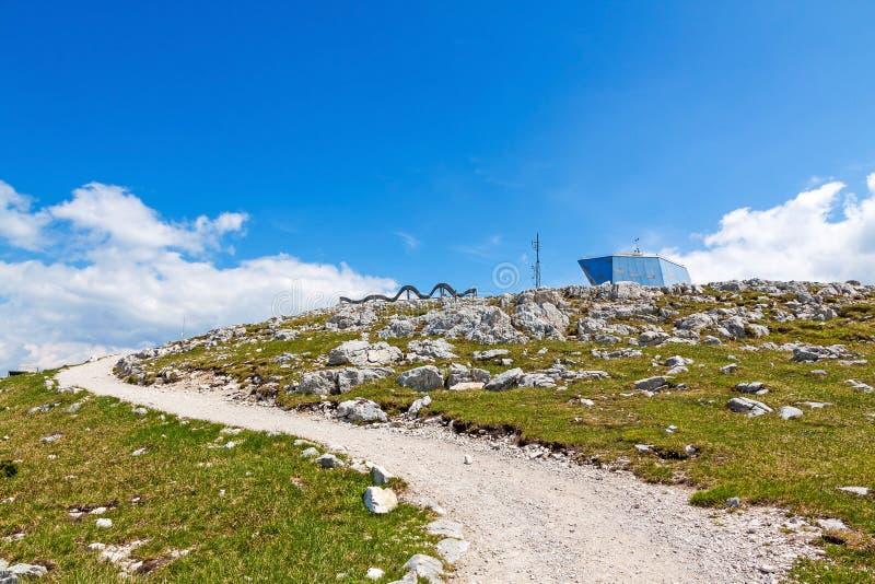 Dachstein-Krippenstein,向世界遗产名录螺旋的道路 免版税库存照片