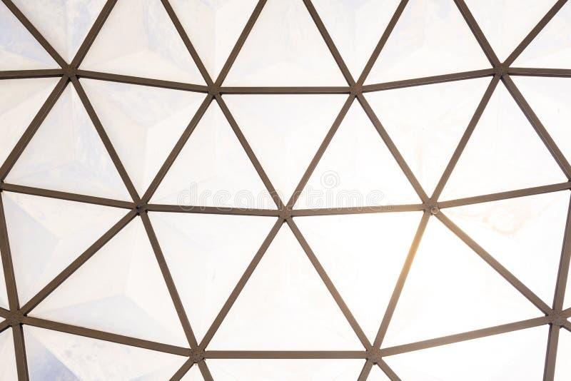 Geodätischen Kuppel dachstuhl der geodätischen kuppel stockfoto bild 64000868