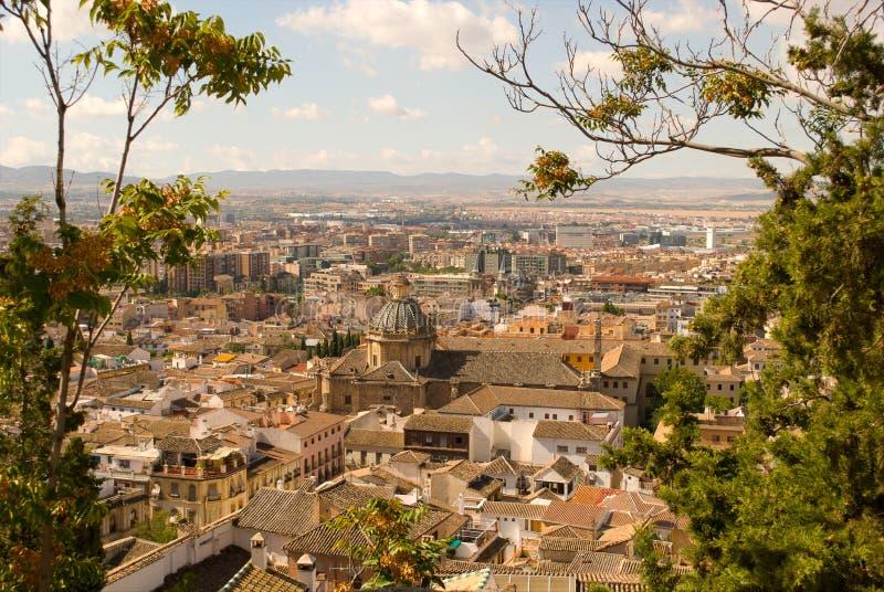 Dachy Granada, w południe Hiszpania obrazy stock