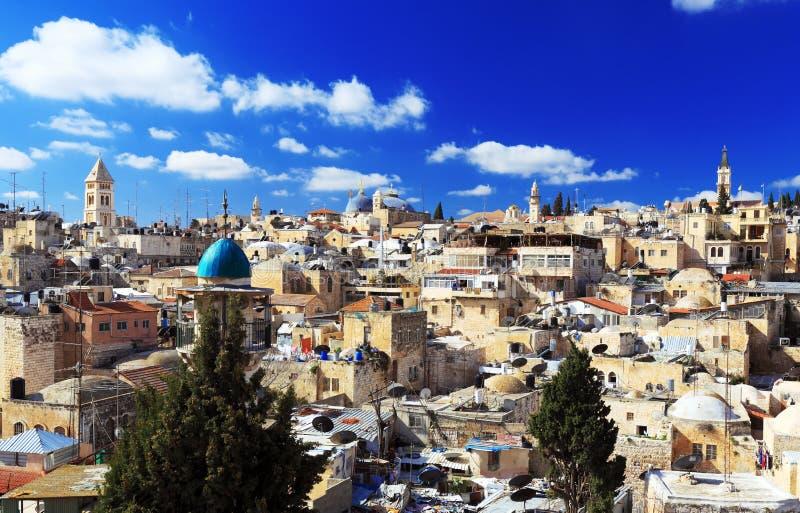 Dachy Stary miasto z Świętą Sepulcher Chirch kopułą, Jerozolima zdjęcie stock