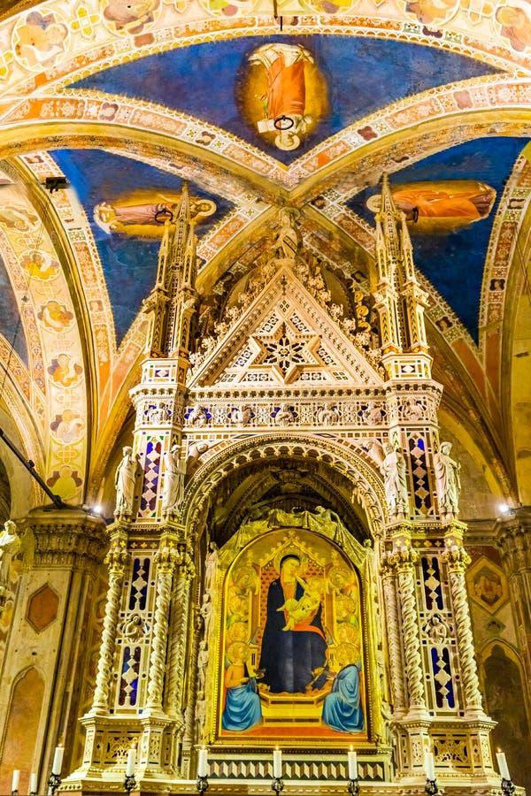 Daddi Madonna barn som målar den Orsanmichele kyrkan Florence Italy royaltyfri fotografi