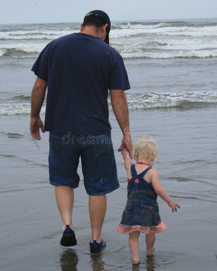 Free Daddy S Little Girl Royalty Free Stock Images - 6359829