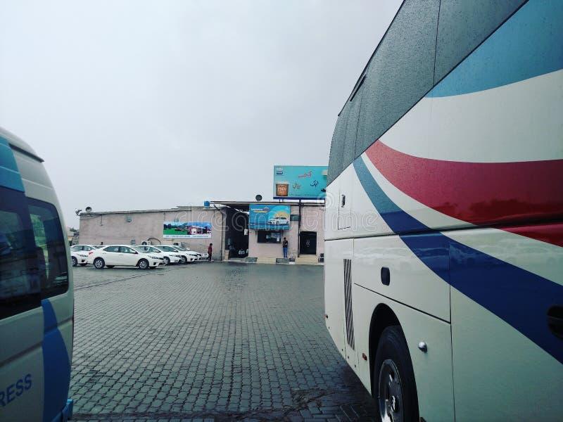 Daewoo Pakistan bussterminal royaltyfria bilder