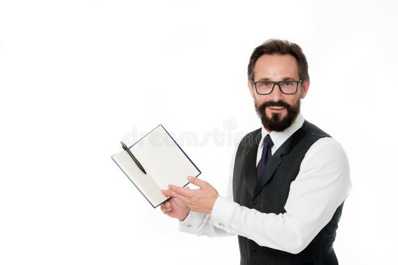 dag min planläggning Tid ledningexpertis Notepad för håll för affärsmanplanläggningsschema Le för skäggig chef för man lyckligt arkivfoton