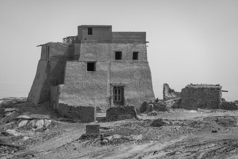 Dagens moské, tidigare tempel och kloster på en kulle nära Dongola nära Nilen arkivbild