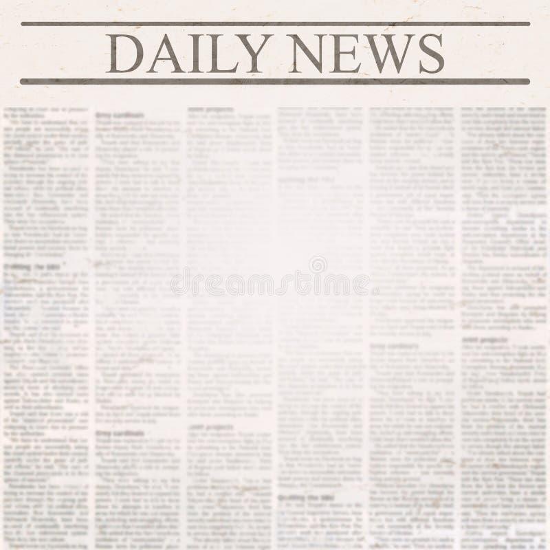 Daglig nyheternatidning med rubriken och gammal oläslig text royaltyfria bilder