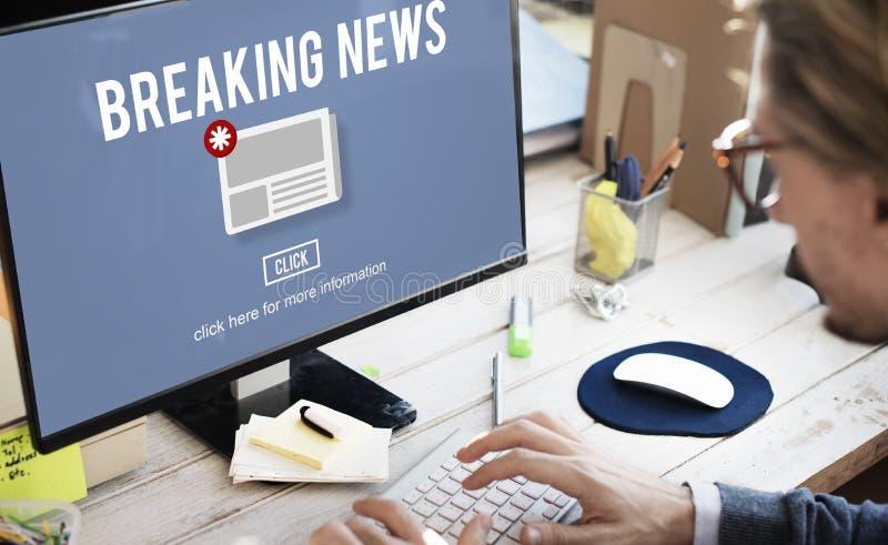 Dagligt begrepp för breaking newsinformationsbladmeddelande royaltyfri fotografi