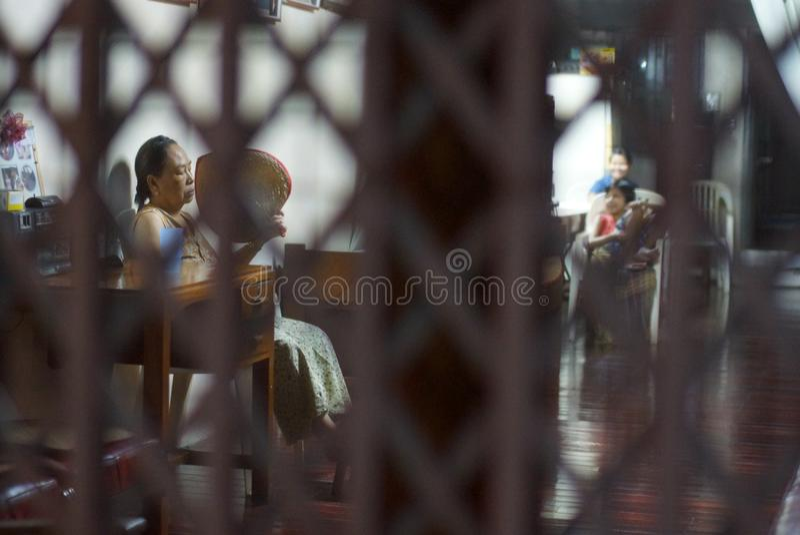 Dagligt liv i Yangon, Burma, Asien royaltyfri bild