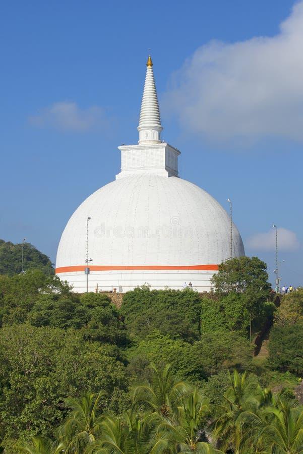 Dagoba im Kloster Mihintale, Sri Lanka stockbilder