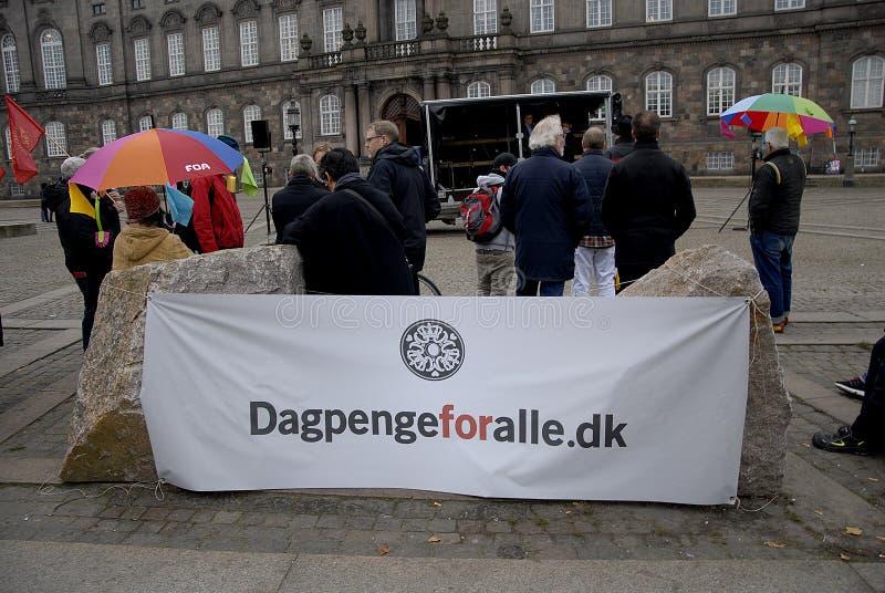DAGPENGEFORALLE_PROTEST FÖR REFORM royaltyfri foto