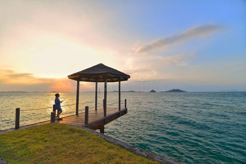 Dagsljusögonblick - Batam öwonderfull Indonesien Asien royaltyfri foto