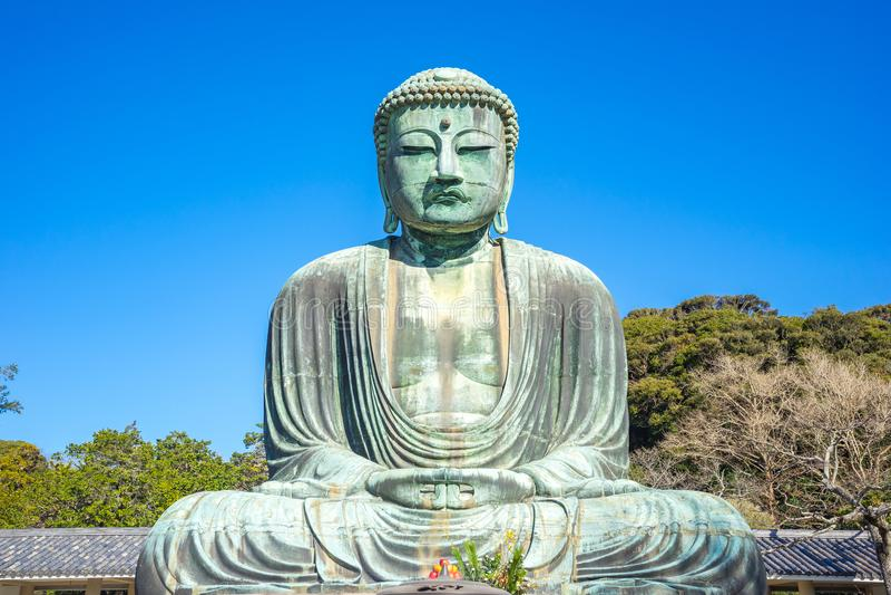 Daibutsu el gran Buda en el templo del kotokuin en Kamakura, Kanaga imagenes de archivo
