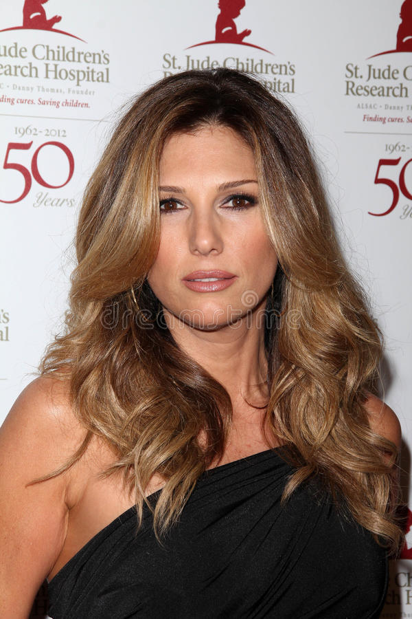 Download Daisy Fuentes editorial image. Image of daisy, 50th, hills - 23275760