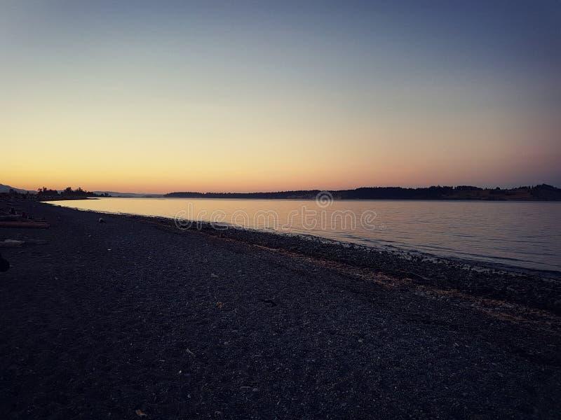 daj się narażenia na plaży wolnym miękkim sunset fala bardzo zdjęcia royalty free