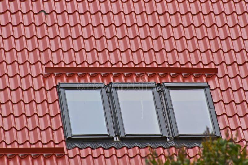 Dak en vensters royalty-vrije stock foto
