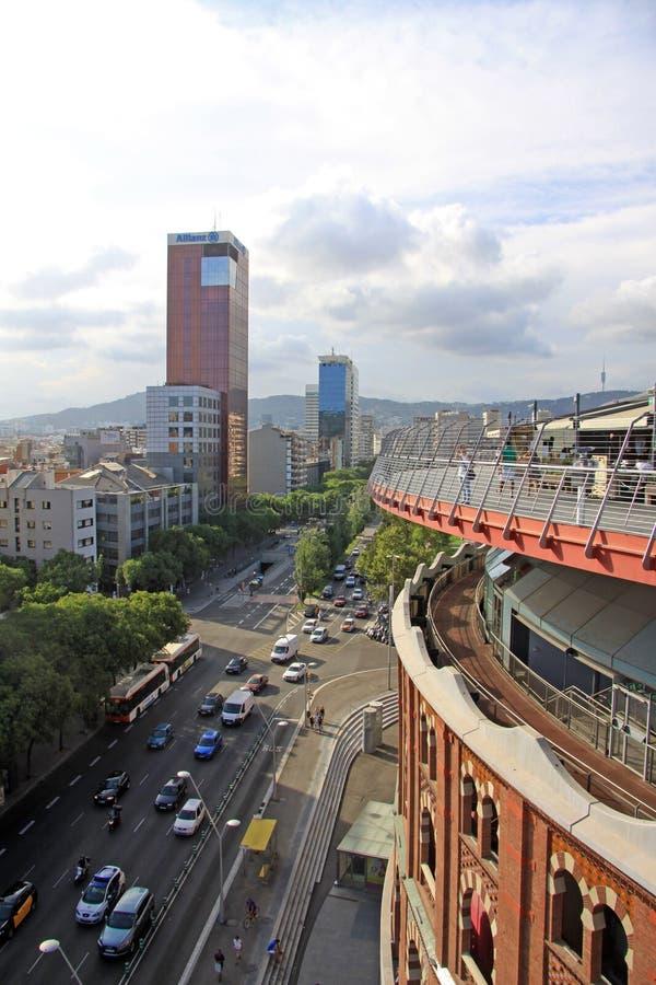 Dak van Arenaarena op het Vierkant van Spanje in Barcelona met observatiedek Nu is de Arena een winkelcentrum in Barcelona stock foto