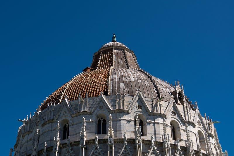 Dak van kerkbaptistery in Pisa royalty-vrije stock fotografie