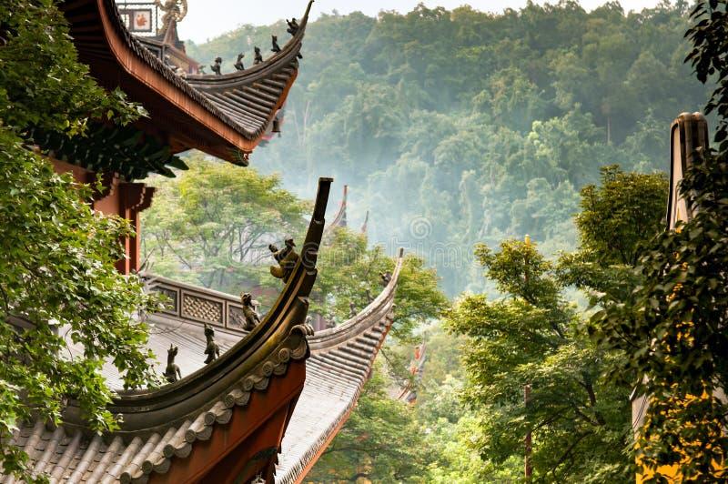 Dak van Lingyin-Tempel stock afbeelding