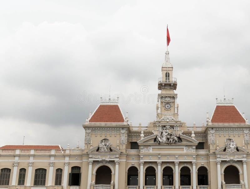 Dakbovenkant, het stadhuis van Ho-Chi-Minh-Stad, Vietnam stock foto's