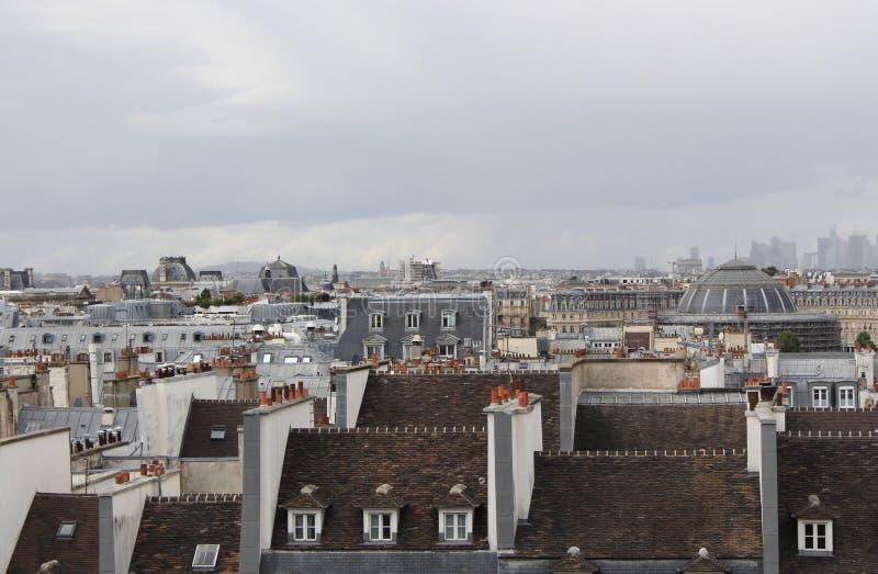 Daken van Parijs op een bewolkte dag, Frankrijk, Europa royalty-vrije stock foto's