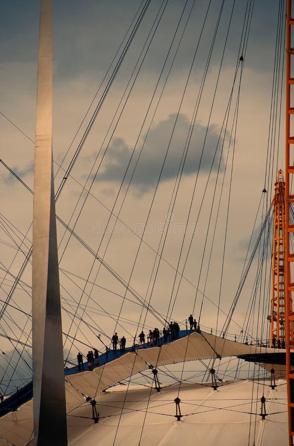 Dakgang over O2-arena, Greenwich, Londen stock foto