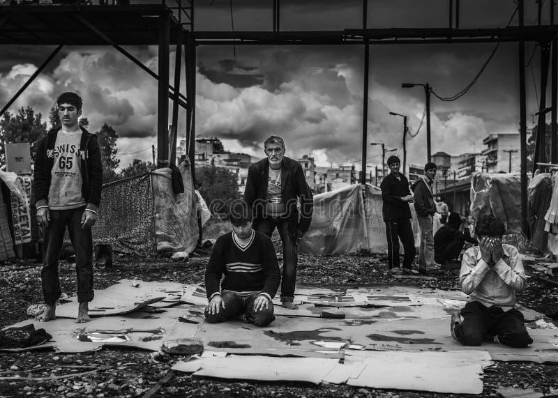 Dakloze vluchteling in Griekenland stock foto