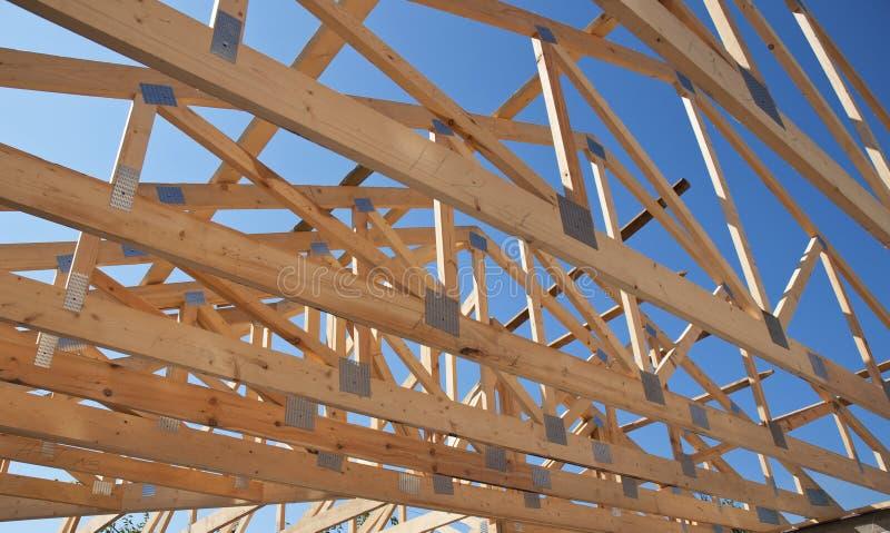 Dakwerkbouw Houten het Huisbouw van het Dakkader stock foto's