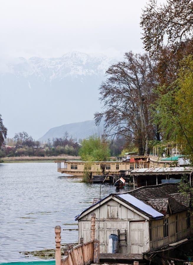 dal houseboats jezioro Srinagar zdjęcia stock