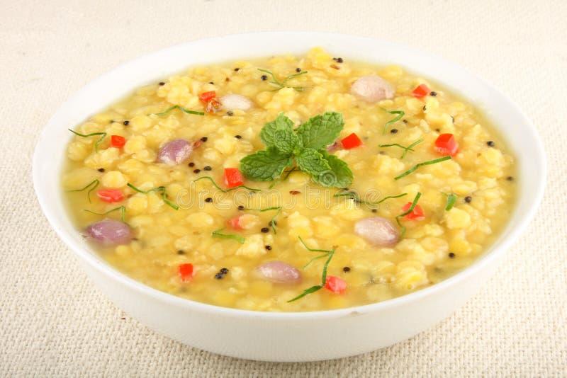 Dal ou plat indien du nord populaire de lentilles photo libre de droits