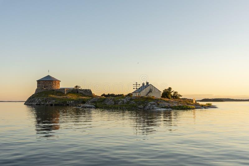 Dalarö zmierzchu Sztokholm forteczny archipelag obraz stock