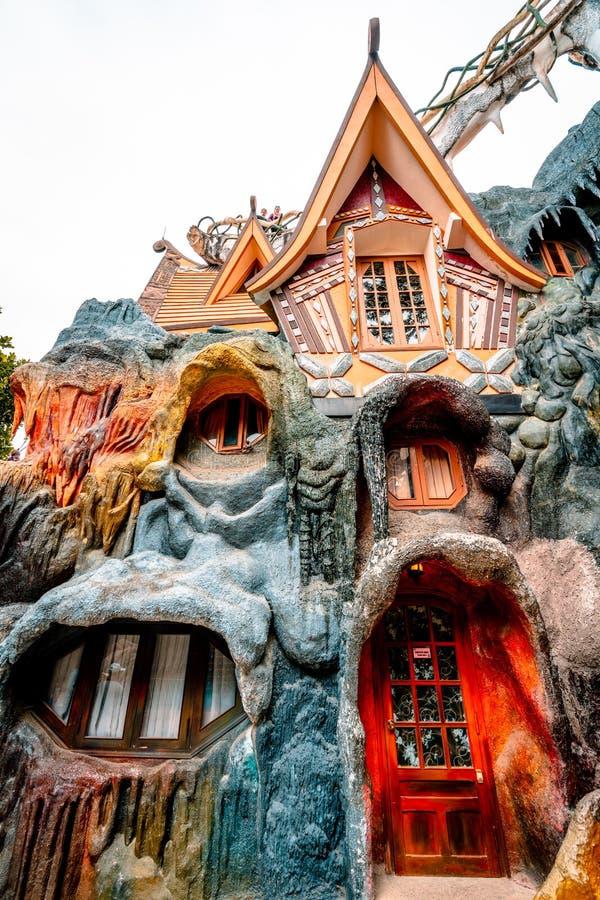 Dalat, Vietnam 23 de janeiro de 2019 Casa de hóspedes de Hang Nga, casa louca, em Dalat, Vietname imagens de stock