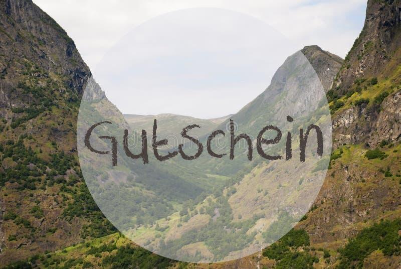 Dalen och berget, Norge, Gutschein betyder kupongen royaltyfri fotografi