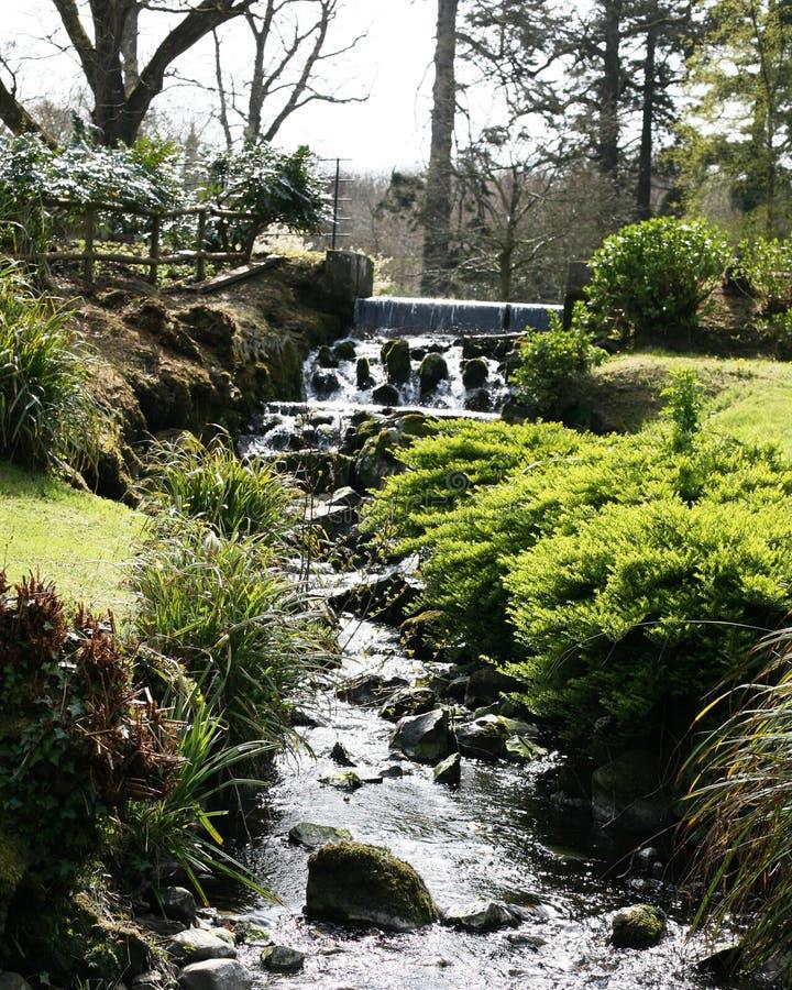 Dalgång på den Hillsborough slotten och trädgårdar r royaltyfri fotografi
