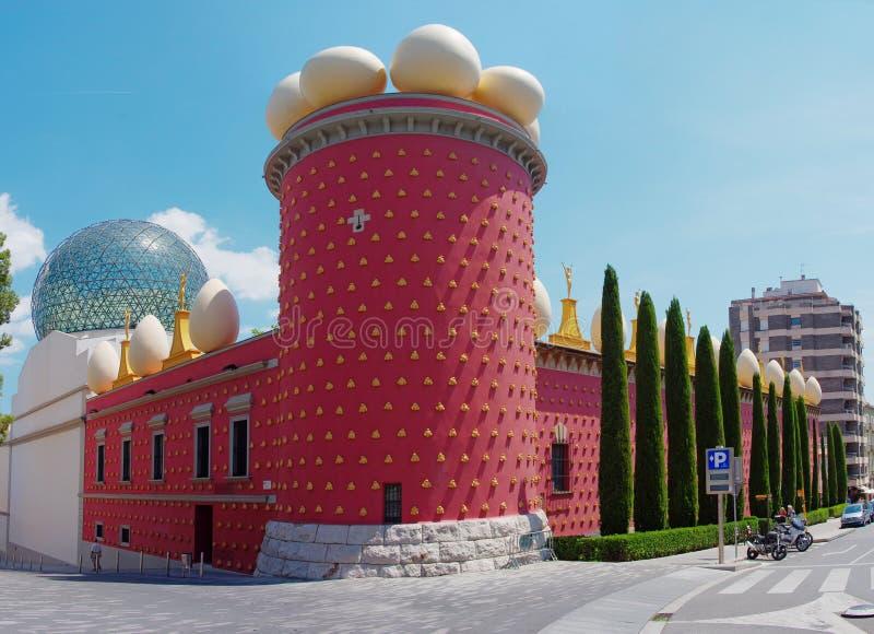 Dali Theatre en het Museum, Figueres, Spanje stock afbeeldingen