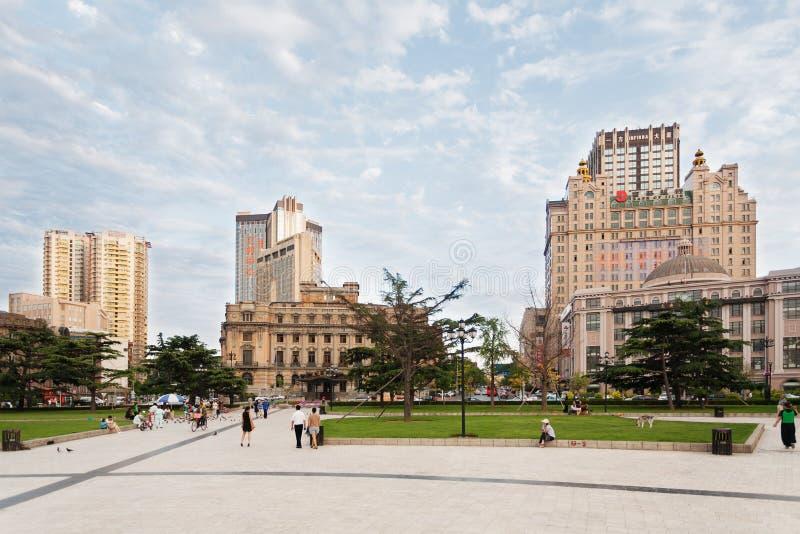 Dalian miasto w wieczór, Chiny fotografia royalty free