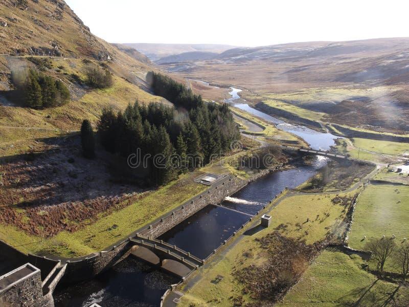 Dalla diga del bacino idrico di Claerwen, Elan Valley fotografia stock