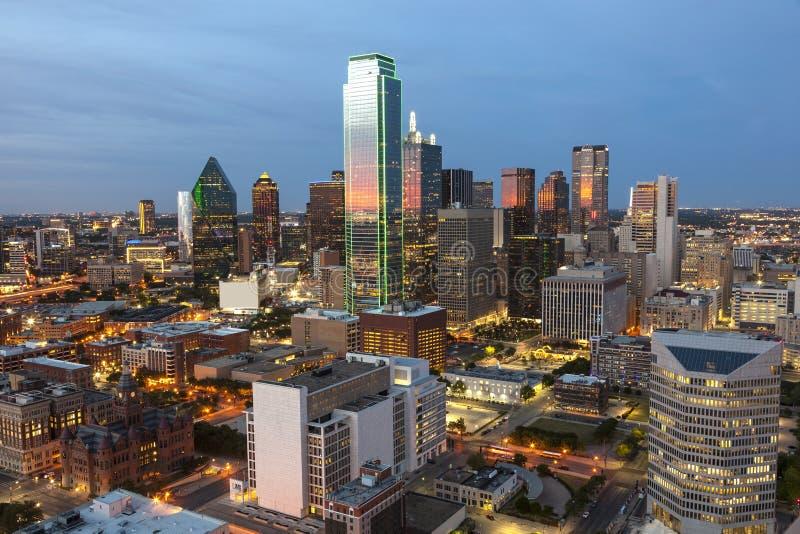 Dallas śródmieście przy nocą fotografia royalty free