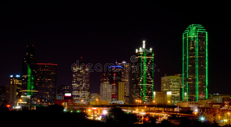 Dallas bij Nacht stock foto's
