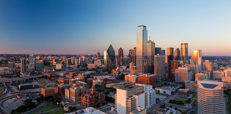 Dallas, cityscape van Texas stock afbeeldingen
