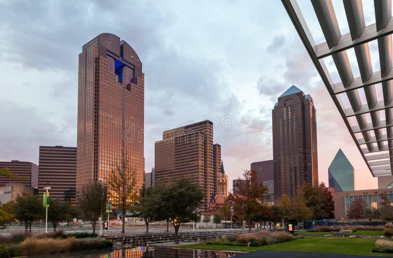 Dallas de stad in - Kunstendistrict royalty-vrije stock afbeeldingen