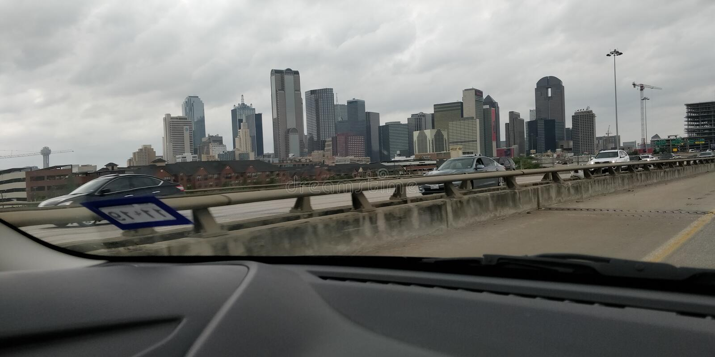 Dallas horisont under dagen royaltyfri foto