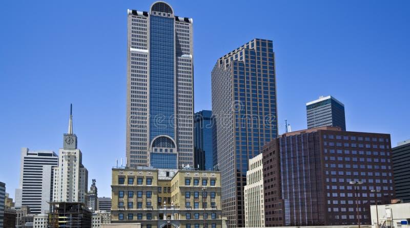 Dallas im Stadtzentrum gelegen lizenzfreie stockbilder