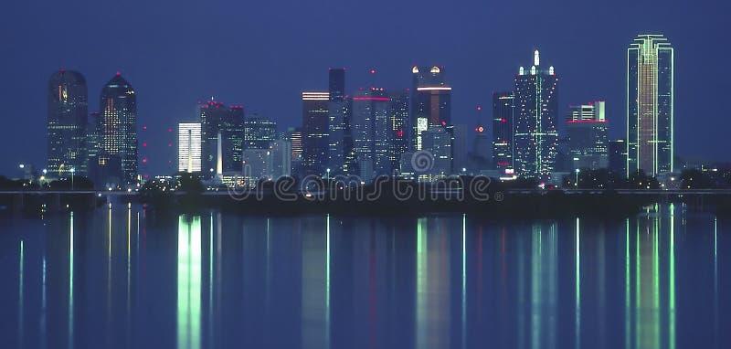 Dallas la nuit photos libres de droits