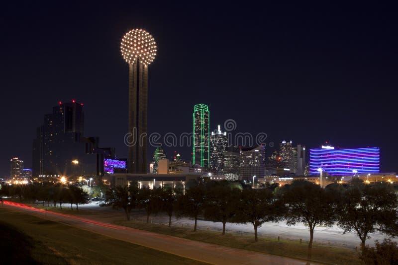 Dallas le Texas la nuit photographie stock