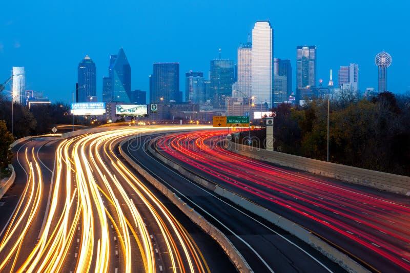 Dallas stadshorisont arkivfoton