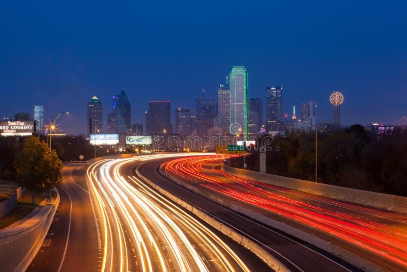 Dallas stadshorisont arkivbild