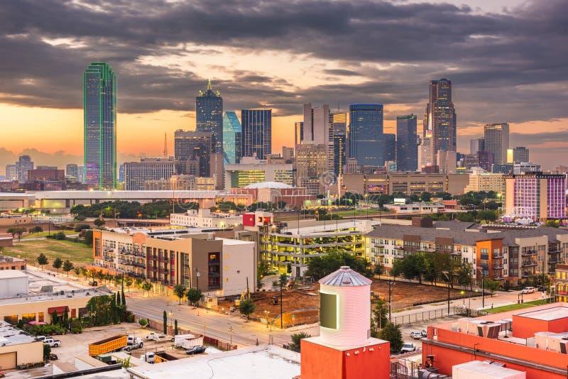 Dallas, Tejas, los E.E.U.U. Skylin céntrico imágenes de archivo libres de regalías