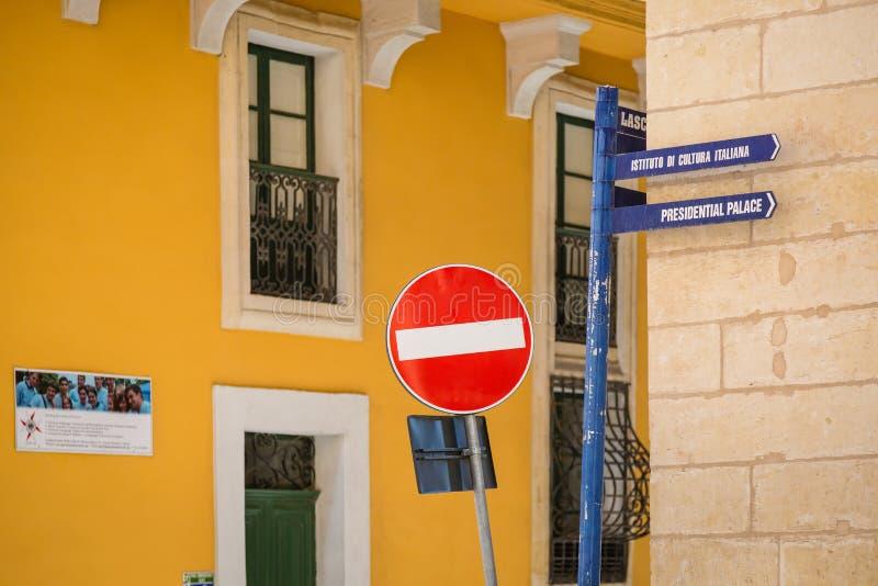Dalle vie e dai vicoli di La Valletta, Malta fotografie stock libere da diritti