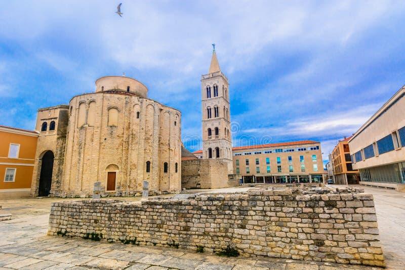 Dalmatia regiongränsmärken i Kroatien, Europa fotografering för bildbyråer